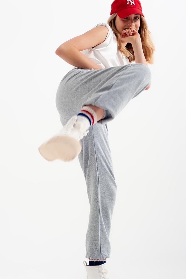 Joggingbroek met elastiek in de taille in grijs