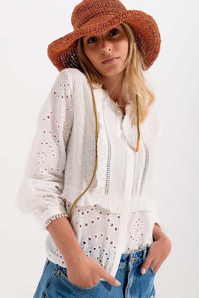Geborduurde blouse met knopen in wit