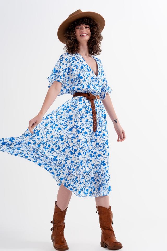 Kimono midi jurk met overslag en blauw bloemenprint