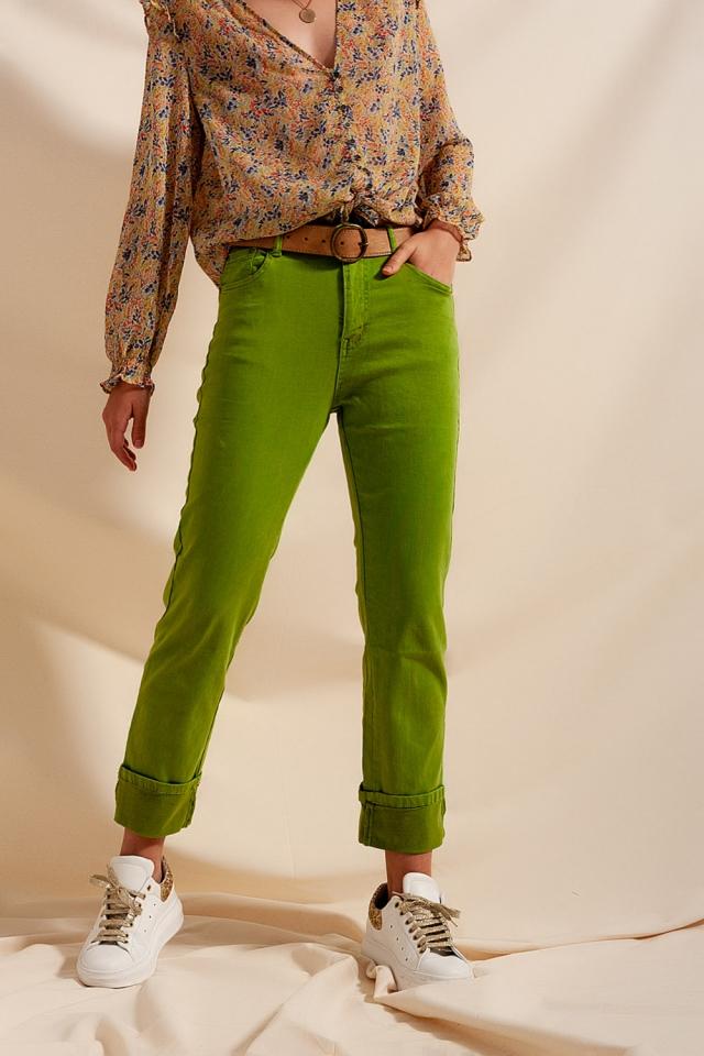 Ruimvallende jeans met rechte pijpen en brede omslag in groen