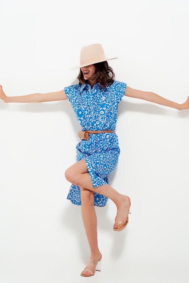 Mouwloze katoen jurk in felle bloemenprint blauw
