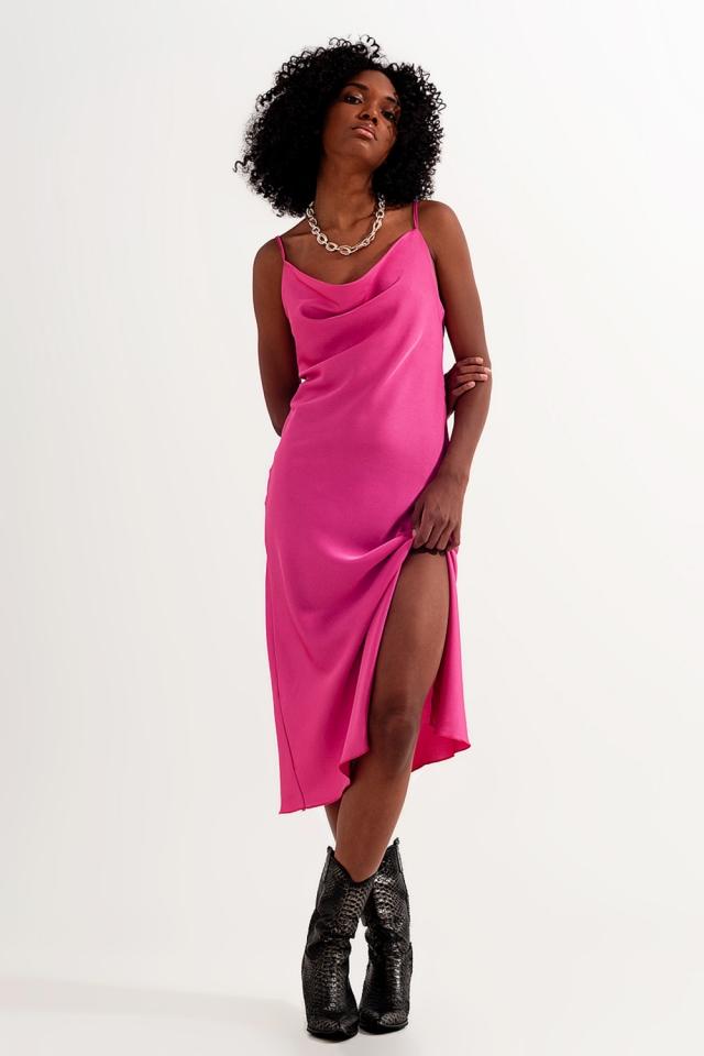 Satijnen mini-jurk met camibandjes in felroze